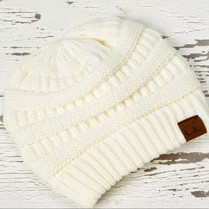 CC Ivory Knit Beanie - Women NEW!
